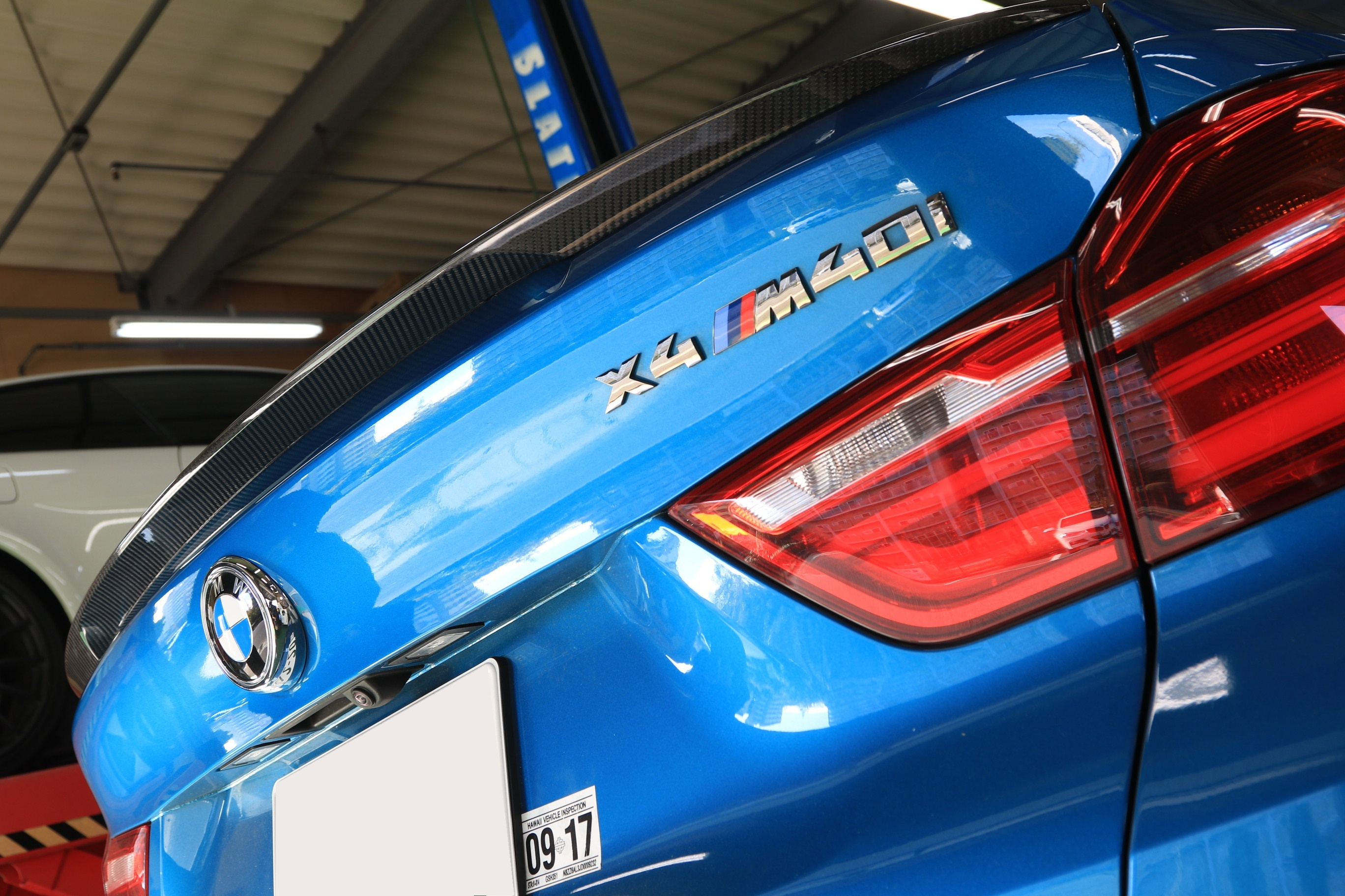 BMW X4 F26 M PERFORMANCE Style BOOT SPOILER TUNING