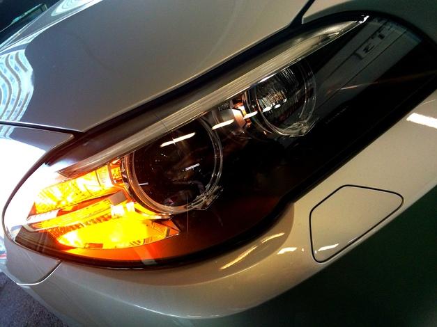 F10Lci Front LED.jpg