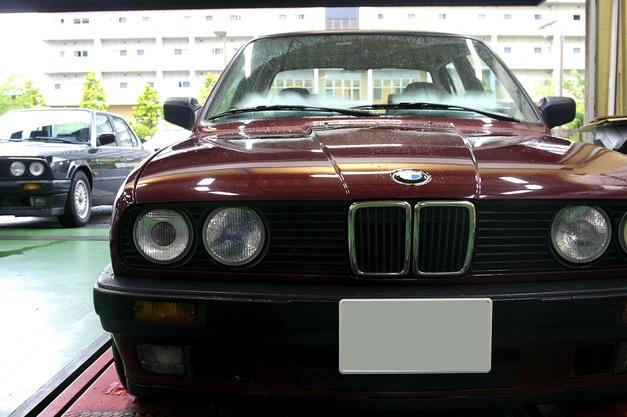 E30 StudieAG+KOBE- BMW E30.JPG
