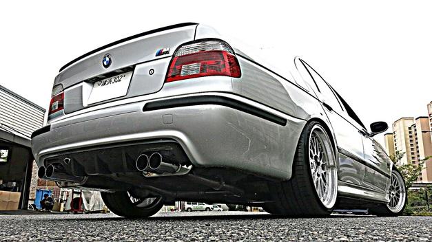 BMW E39 EISENMANN StudieAG.jpg
