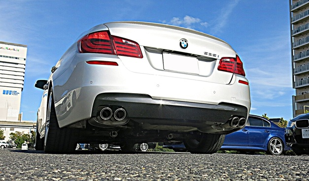 BMW F10-535 StudieAG REMUS.jpg
