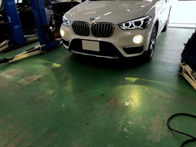 StudieAG BREX HID FOG YELLOW BMW F48X1 001.JPG