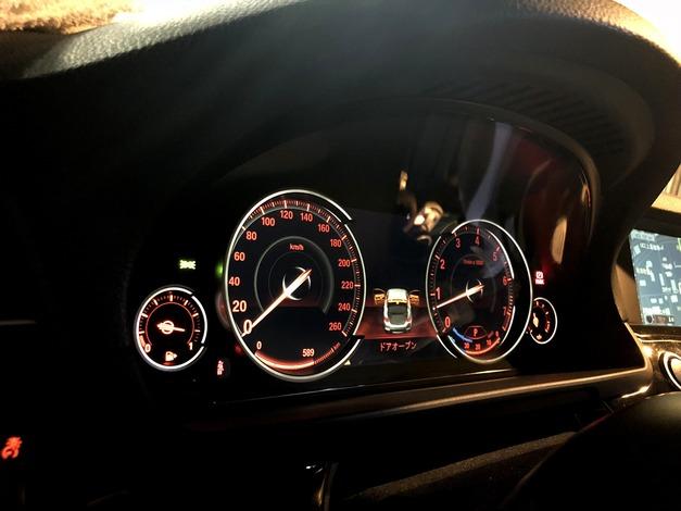 Studie BMW F10 後期Meter 004.JPG