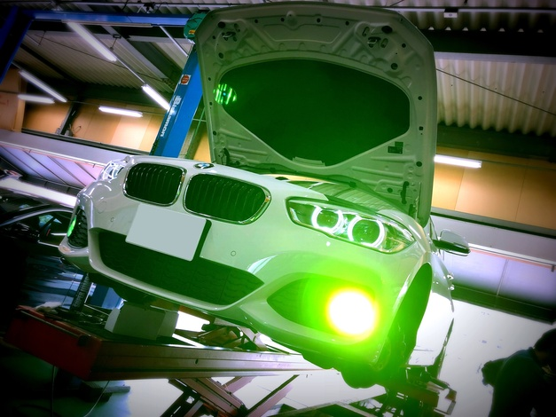 StudieAG BREX XENON FOG YELLOW BMW F20 LCI 0001.JPG