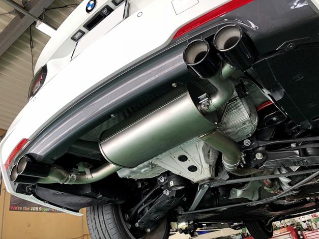 Studie REMUS BMW F31 ブラックテール 001.JPG