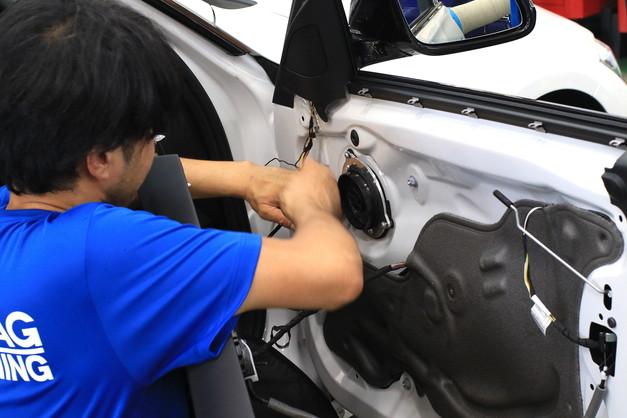 Studie+KOBE- オリジナルトレードインスピーカー JBL BMW F30 5.JPG