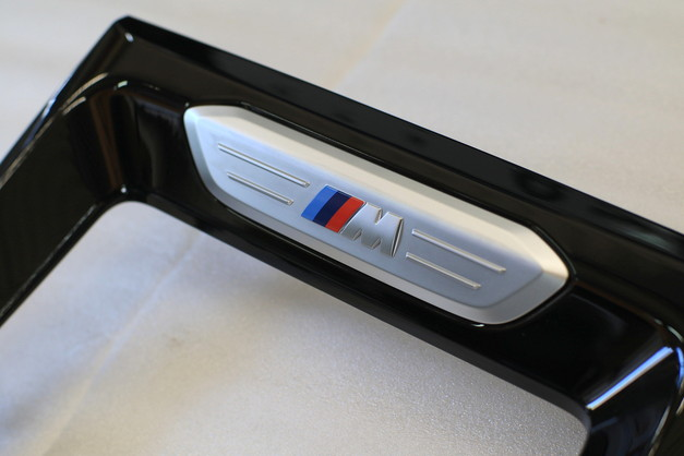 Studie+KOBE- BMW X3 X4 M Emblem 4.JPG