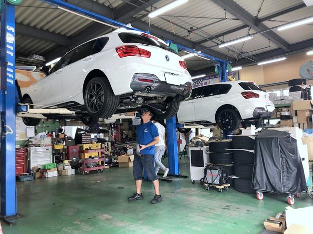 Studie +KOBE- BMW F20 Lci SuperSprint Muffler 01.JPG