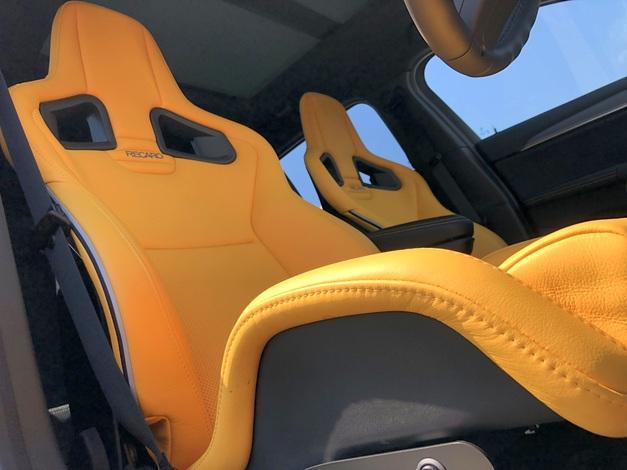 Studie +KOBE- BMW F48 X2 RECARO SportStar Yellow.JPG
