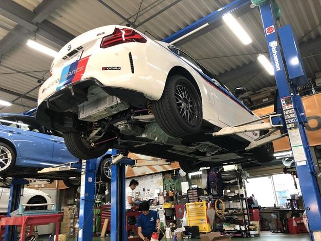 Studie BMW F87M2 CAE Ultra Shifter ORANGE 1.JPG