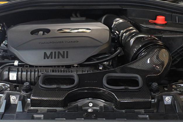 Studie BMW MINI EVENTURI F54 JCW 1.JPG