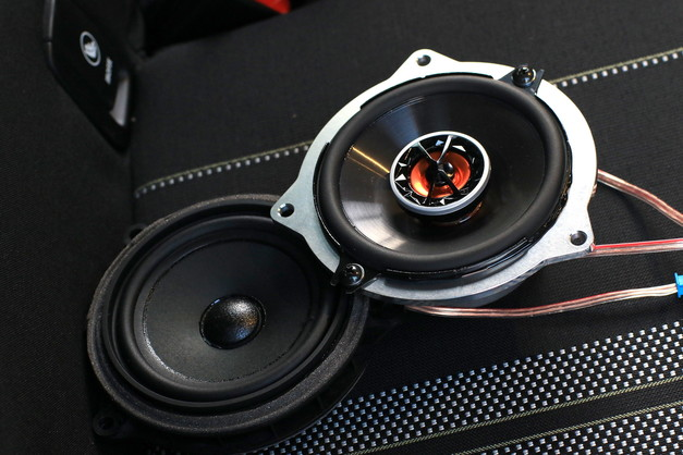 Studie BMW MINI F55 ブラックエディション ACSchnitzer Studie Sound SYSTEM 4.JPG