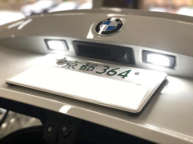 Studie BREX BMW ライセンスLED F22-M235.JPG
