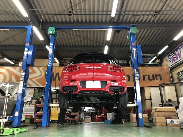 Studie KOBE 3Dデザイン F54 JCW 車高調整.JPG