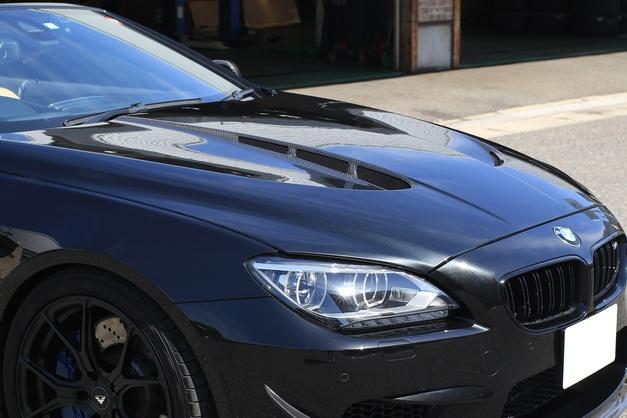 Studie スタディ ハーマン BMW HAMANN CARBON BONNET F12M6 04.JPG