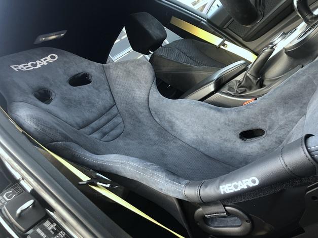 Studie スタディ BMW RECARO RS-G ALCANTARA Version FIA 1.JPG