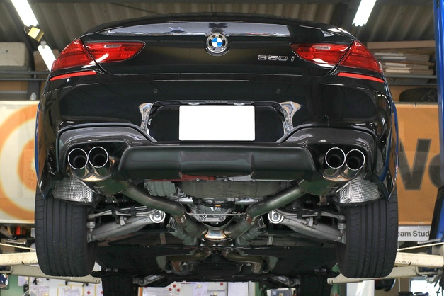 Studie AG SuperSprint BMW F06-650i Muffler 03.JPG