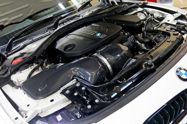 Studie +KOBE- BMW F3 N47D K&N Carbon RAM AIR System 1.JPG