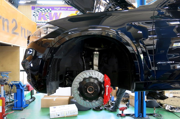 Studie BMW Brembo X6 X5 GTキット RED ドリルド 2.JPG