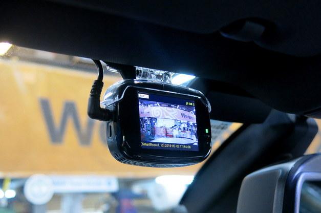 Studie BMW BREX BCC510 ドライブレコーダー 2.JPG