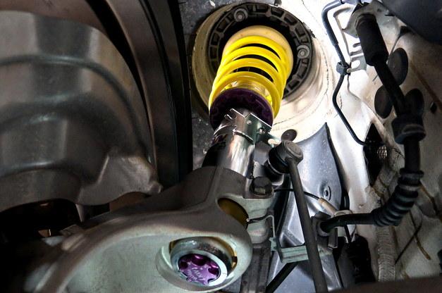 Studie BMW Tuning KW AKRAPOVIC F82M4 M3 02.JPG