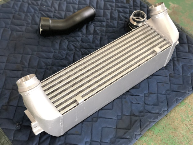 Studie Original InterCooler KIT BMW Tuning 2.JPG